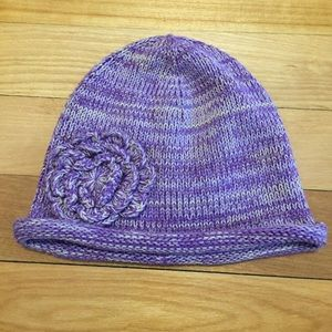 Old Navy hat with flower 0-6 months
